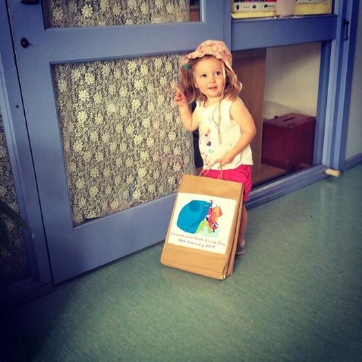 AUSTRALIA: Itty Bitty Book Van deliveries